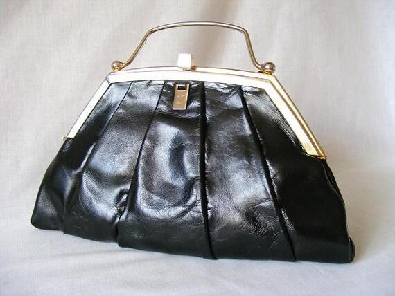 Art Deco Bag Black Pleated Leather Clutch Bag Shoulder Purse With Gold Frame By Italian Designer Bellido