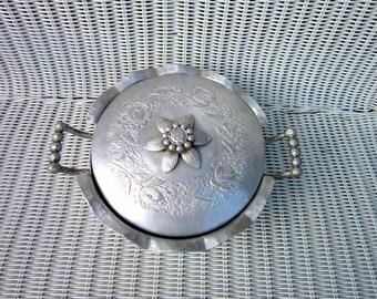 Everlast Aluminum Casserole Holder Vintage Lidded Rose pattern with floral handle