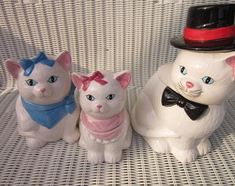 Cookie Jars Persian Cat Family Father with Black Top Hat Mother with Blue and Baby Girl in Pink Made In Taiwan ROC
