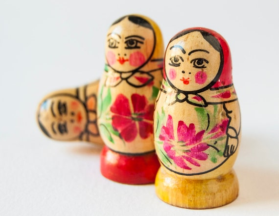 Russian Matryoshkas, tiny little nesting dolls, hand painted, red flowers, Soviet Union