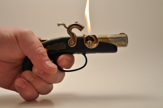 Working Pirate Pistol Gun Table Lighter