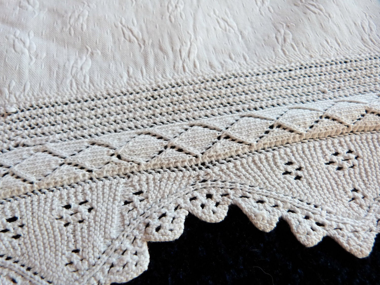 Vintage Bed Linens 49