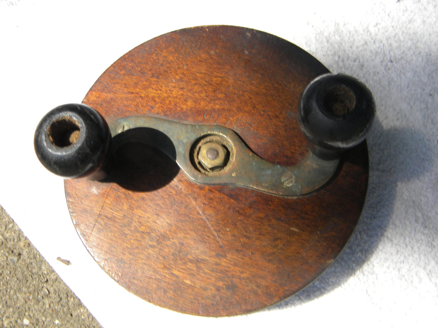 Antique Vintage Wood Wooden Otter Fishing Reel Ball By