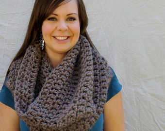 Chunky cowl scarf, infinity scarf, tube scarf, winter / Oban Warmer - Taupe