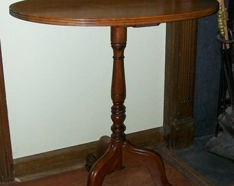 Walnut Lamp Table Stand