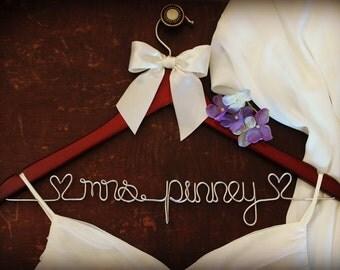 Bridesmaid gifts, Bridesmaid Gift Sets, Bridal Party Gift, Gift for Bridesmaids- Bridal Hangers, Personalized Hanger, Custom Hanger