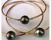 Three Gold Tahitian Black/Silver Peackcock Pearl Bracelet Bangles Size XTRA SMALL