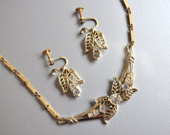 Vintage Necklace Earrings Rhinestone Gold Toned Brass Link Leaves Sparkly Christmas