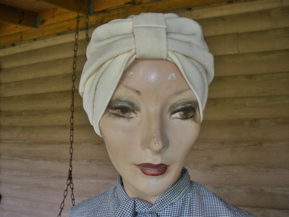Vintage 50s 60s 1950s 1960s Chic Hair Wrap Turban Hat Off White Miss Tress-Up Fits Most Heads
