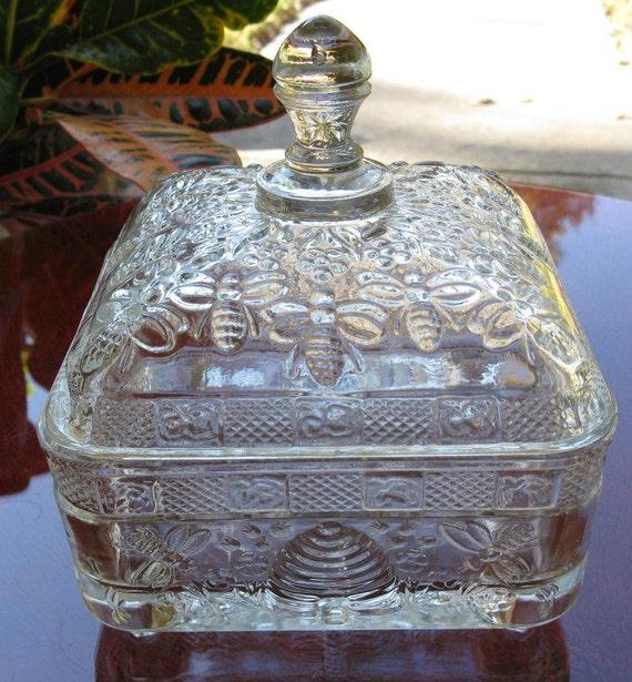 Vintage tiara indiana glass pineapple dish