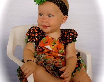 Beautiful Parley Ray Halloween Trick or Treat All Around Ruffle Skirt Peasant Style Blouse and Bracelet Ruffled Diaper Cover
