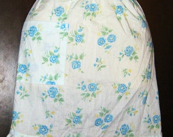 Vintage 1950s Apron Cotton Blue Flowers Rockabilly Housewife
