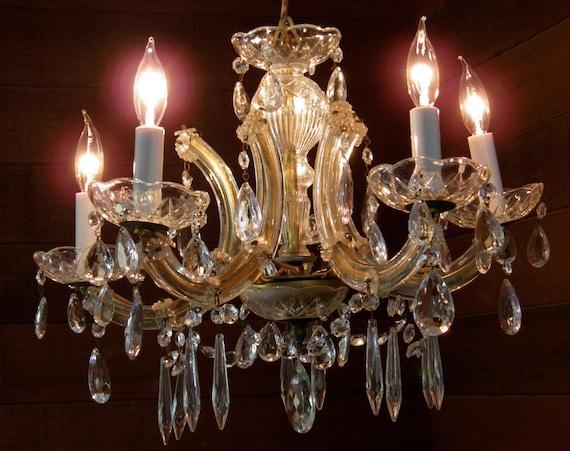 Vintage Chandelier Antique Maria Theresa Crystal Chandelier 5-Light Sparkling Joyous Magical Lighting