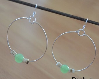 Seashell Jewelry ... Simple Green Glass Bead Hoop Earrings (0691)