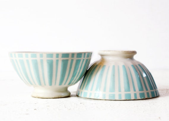 1 BEAUTIFUL vintage Digoin MINI BOWL with turquoise stripes  bols cafe au lait  - Shabby chic -
