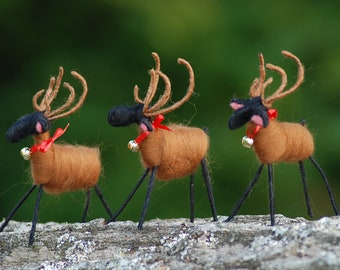 Reindeer, Handmade, Wool Wrapped, Holiday Decorations, Christmas Ornament. Christmas Decoration