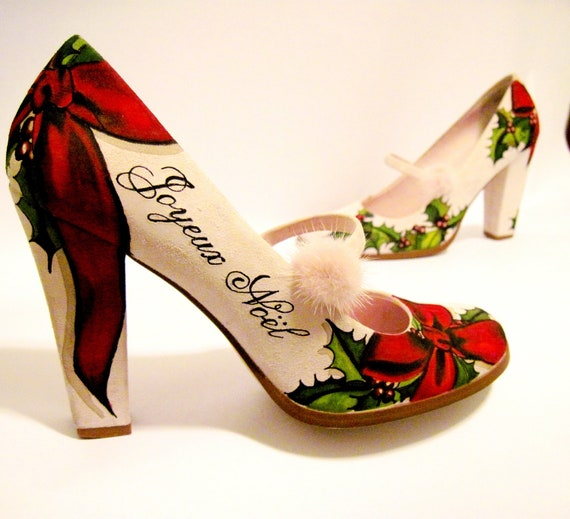 Christmas Pumps Hand Painted  Pink Suede Size 7 M