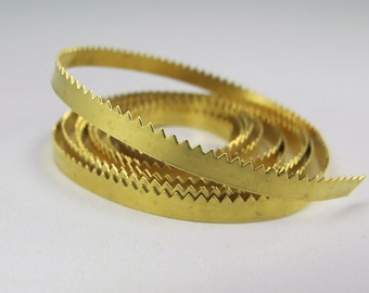 Brass Serrated Bezel Wire 3/16""