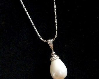 Bridal Necklace High Quality Teardrop Pearl Necklace Silver Chain