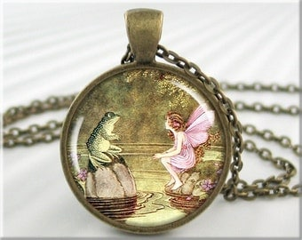 Fairy Tale Pendant Resin Charm Ida Rentoul Outhwaite Girl Frog Picture Necklace Jewelry (349RB)