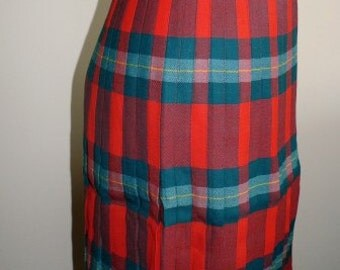 SALE markdown from 65 ... vintage wool skirt ... SUZANNE of Canada TARTAN skirt Winter Wool Vintage cozy ...