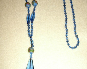 1920s or 30s  light blue glass bead necklace with handpainted highlight beads