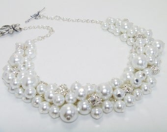 Pearl Necklace, White Pearl Necklace, Chunky Necklace, Pearl Cluster Necklace, White Bridal Jewelry, Rhinestone Necklace, Chunky Necklace
