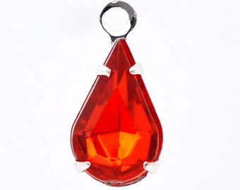10 Red Teardrop Pendants - Faceted Red Rhinestone - 13x6mm  - Ships IMMEDIATELY from California - SC325