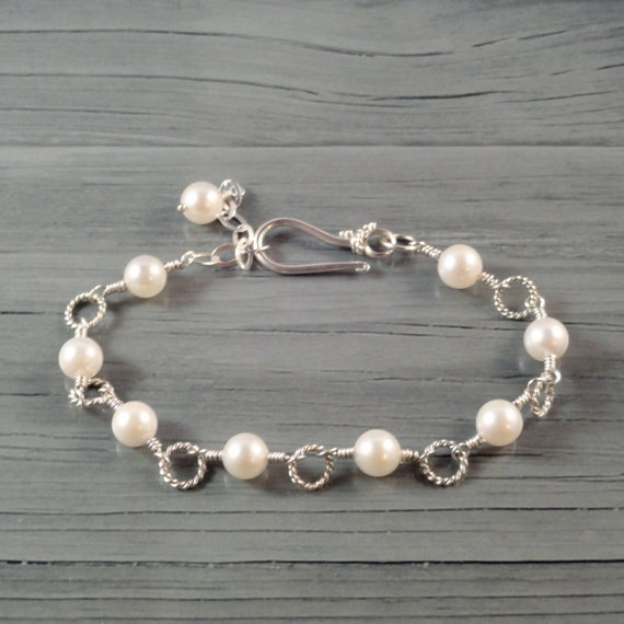 White Akoya Pearl Bracelet, Sterling Silver Link Bracelet Wire Wrapped, Bridal Jewelry, Bridesmaid Gift