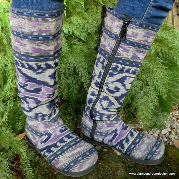 Woven Lavender and Navy Balinese Vegan Moccasin Boots Lace up Back, Size 8.5