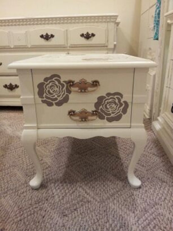 Chic and shabby night table end table