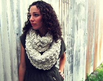 Chunky Knitted Cowl Scarf Unisex Bulky Hipster Mens Womens Tweed Infinity Circle Loop Long Teens Spring Summer Winter Autumn White