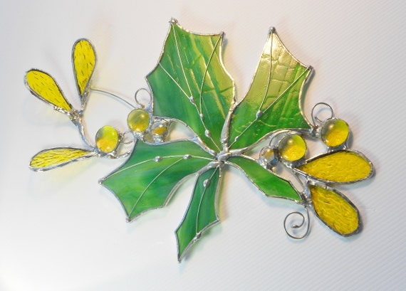 Stained Glass Suncatcher. Green/White Maple Leaf.