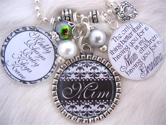 MOTHER GIFT Black & White personalized Silver Bottle cap Grandmother Jewelry Inspirational Quote Family Necklace Children's Names Keychain