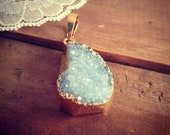 1 - Large Blue Druzy Agate Pendant in Brass Gemstone Jewelry Supplies  (DA139)
