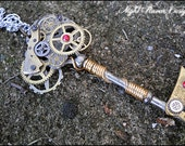 Mechanical Madness - Clockwork Steampunk Key Necklace