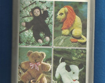 Vintage 1977 Simplicity 8226 Stuffed Animals Monkey Lion Teddy Bear and Puppy Dog UNCUT