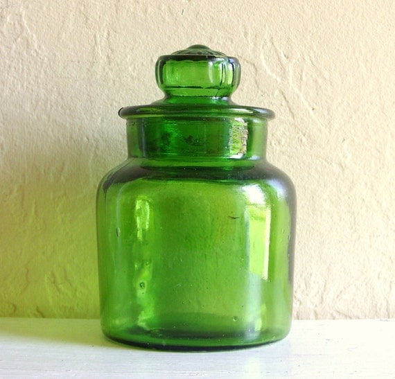 Vintage Green Glass Jar with Lid Excellent Condition