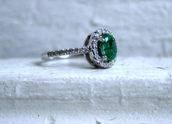 Beautiful Vintage 14K White Gold Diamond and Emerlad Halo Ring - 1.43ct.