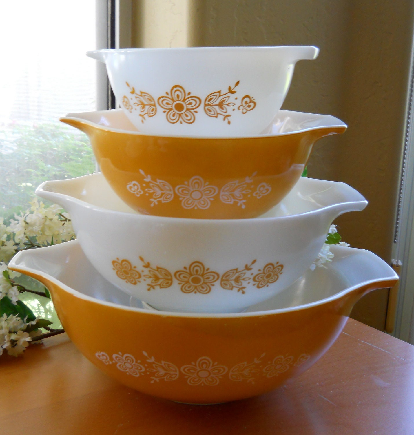 Vintage Pyrex Mixing Bowls Butterfly Gold Cinderella By