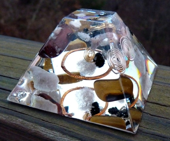 AMPLIFY Positive ENERGY Orgone Pyramid with Jet, Red Tigers Eye, Multicoloured Tourmaline, Pearl.EMF Protection.