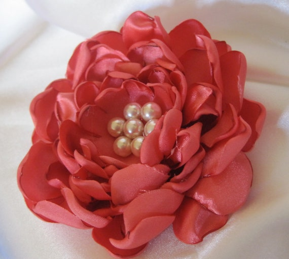 Coral Satin Bridal Wedding FLOWER PIN/Brooch Hair Clip with Ivory Faux  Pearls in the Center Bride Bridesmaids, Mother Of The Bride