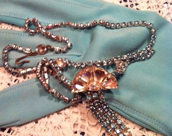 Vintage Blue Clear Fan Rhinestone Dazzling Necklace