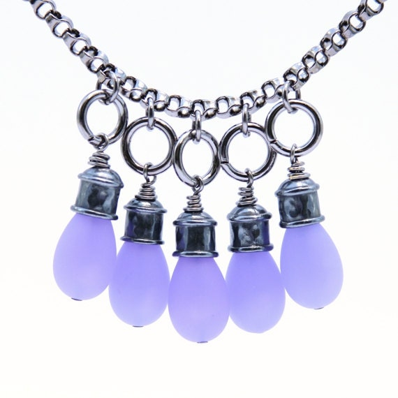 Purple necklace with matching earrings: Lavender purple necklace, short necklace, handmade necklaces.