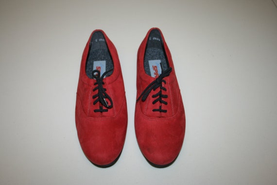 Womens Suede Shoes 7 5womens suede oxfords suede red