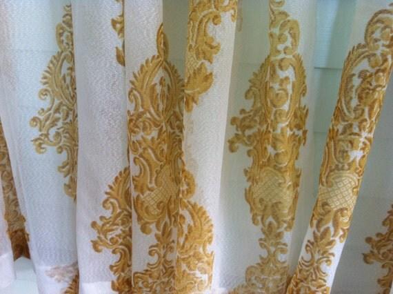 24 Panel Curtain