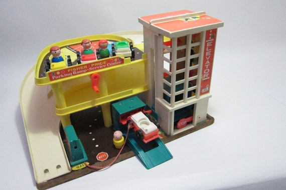 SALE SALE SALE Fisher Price Parking Ramp Service Center Parking Garage with people  toy vintage 1970 toy