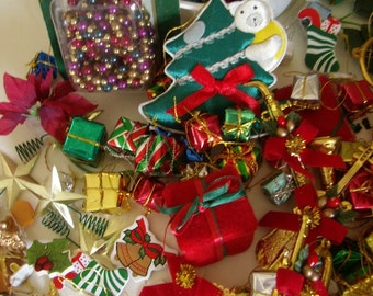Vintage Lot of Holiday Decoration Supplies Scrapbooking, Wreaths, Package Decoration