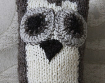 Hand Knitted Wool Brown White Belly Owl: Toy or Decorative Accessories