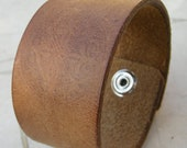 Mens Brown Leather Cuff Distressed Texture Faded Tuff Bracelet with Snap BRN-21-1